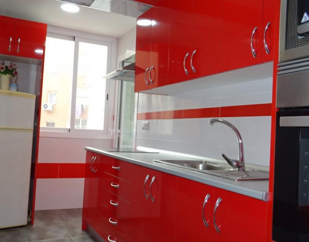 RV0033EU : Квартира с капитальным ремонтом в центре Бенидорма