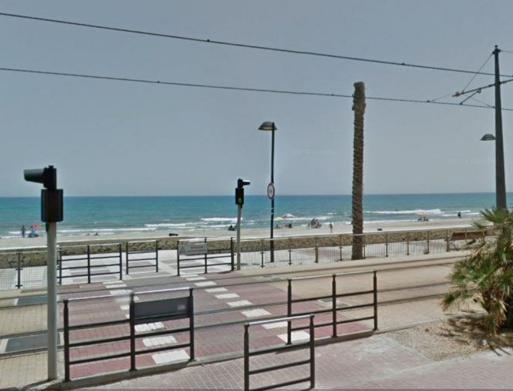 GT-0109-TN : Квартира на первой линии моря, Сан-Хуан (Аликанте)