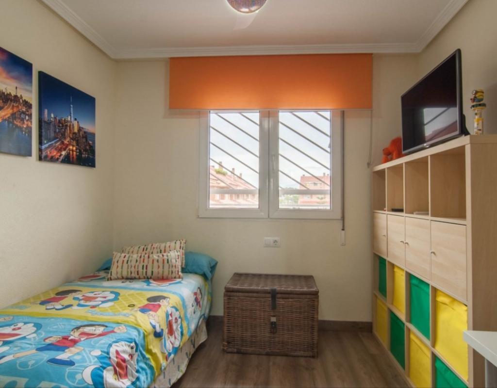 GT-0135-TK : Бунгало в одной из лучших урбанизаций в области университета, Аликанте