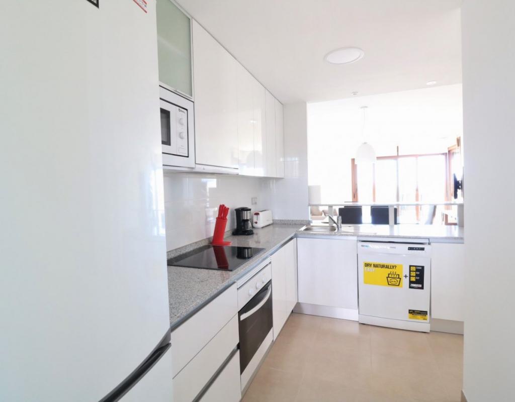 RV0131PR : Квартира с бассейном, кладовой, Кампоамор