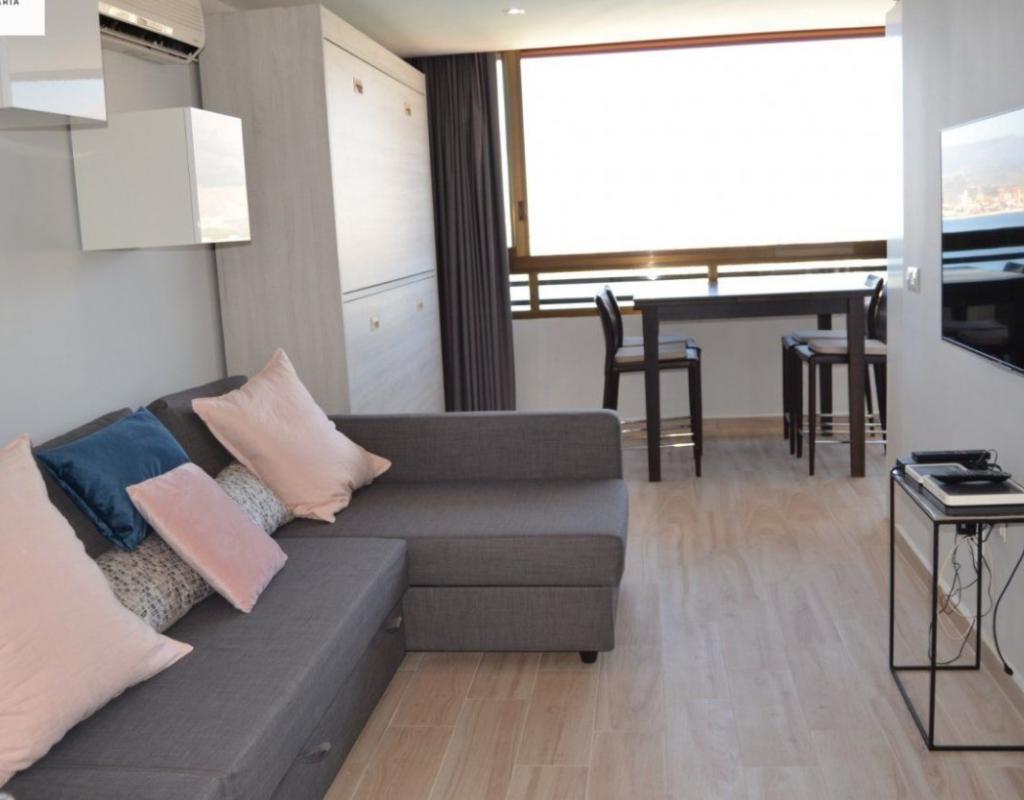 RV0140EU : Квартира с ремонтом на второй линии пляжа, Бенидорм