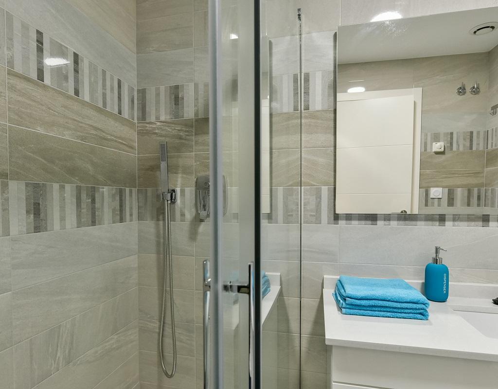 RV0156GL : Почти новая квартира на первой линии моря Пунта Прима