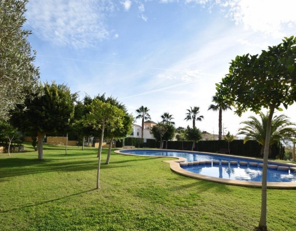 RV0167EU : Таунхаус с бассейном, Ла Нусия, Бенидорм