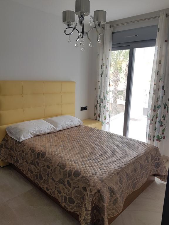 RV8760NU : Квартира в элитной урбанизации в Ла Зения, Коста Бланка Юг