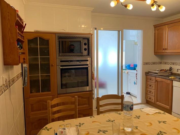 RV0206TI : Просторные апартаменты в 450 м от пляжа Асекьон в Торревьехе