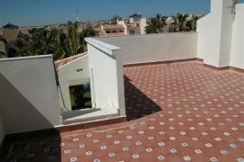 Продажа бунгало в провинции Costa Blanca South, Испания: 2 спальни, 0 м2, № INM-00137 – фото 7
