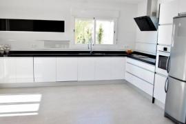 Продажа виллы в провинции Costa Blanca North, Испания: 5 спален, 240 м2, № INM-02908 – фото 7