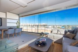 Продажа апартаментов в провинции Costa Blanca South, Испания: 3 спальни, 123 м2, № NC1021UR-D – фото 1