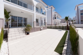 Продажа таунхаус в провинции Costa Blanca South, Испания: 3 спальни, 127 м2, № NC3224EU – фото 2