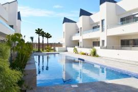 Продажа таунхаус в провинции Costa Blanca South, Испания: 3 спальни, 215 м2, № NC4460IN – фото 3