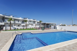 Продажа бунгало в провинции Costa Blanca South, Испания: 3 спальни, 86 м2, № NC61410P-D – фото 2