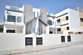 Продажа бунгало в провинции Costa Blanca South, Испания: 3 спальни, 82 м2, № NC0003OR-D – фото 2