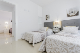 Продажа виллы в провинции Costa Blanca South, Испания: 3 спальни, 134 м2, № NC2030AM – фото 10