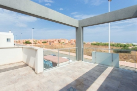 Продажа таунхаус в провинции Costa Blanca South, Испания: 3 спальни, 97 м2, № NC3750UR – фото 7
