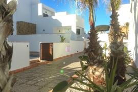 Продажа виллы в провинции Costa Blanca South, Испания: 3 спальни, 146 м2, № NC2144PL – фото 2