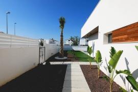 Продажа виллы в провинции Costa Blanca South, Испания: 3 спальни, 301 м2, № NC2110VE – фото 3
