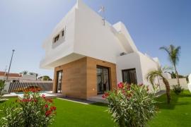 Продажа виллы в провинции Costa Blanca South, Испания: 3 спальни, 136 м2, № NC2550VG – фото 3