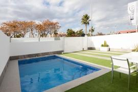 Продажа виллы в провинции Costa Blanca South, Испания: 3 спальни, 111 м2, № NC3680RP – фото 3
