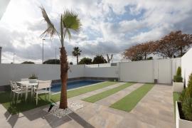 Продажа виллы в провинции Costa Blanca South, Испания: 3 спальни, 111 м2, № NC3680RP – фото 4