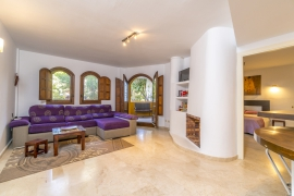 Продажа апартаментов в провинции Costa Blanca South, Испания: 1 спальня, 102 м2, № RV3252BE – фото 9