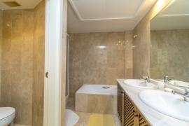 Продажа апартаментов в провинции Costa Blanca South, Испания: 1 спальня, 102 м2, № RV3252BE – фото 17
