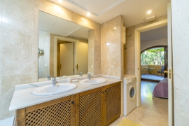 Продажа апартаментов в провинции Costa Blanca South, Испания: 1 спальня, 102 м2, № RV3252BE – фото 16