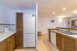 Продажа апартаментов в провинции Costa Blanca South, Испания: 1 спальня, 102 м2, № RV3252BE – фото 5