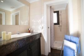 Продажа виллы в провинции Costa Blanca North, Испания: 8 спален, 254 м2, № RV7990AL – фото 13