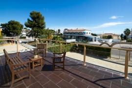 Продажа виллы в провинции Costa Blanca North, Испания: 8 спален, 254 м2, № RV7990AL – фото 4