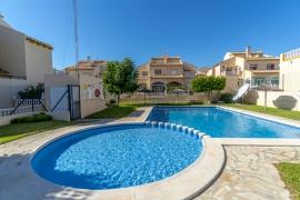Продажа бунгало в провинции Costa Blanca South, Испания: 2 спальни, 107 м2, № RV0040BE – фото 2