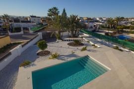 Продажа виллы в провинции Costa Blanca South, Испания: 3 спальни, 117 м2, № NC0017IN – фото 12