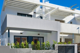 Продажа таунхаус в провинции Costa Blanca South, Испания: 3 спальни, 105 м2, № NC1615TW – фото 2