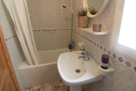 Продажа апартаментов в провинции Costa Blanca South, Испания: 2 спальни, 68 м2, № RV0032AL – фото 13