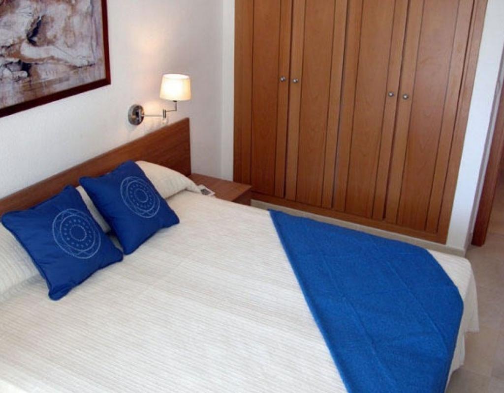 RV0057EU : Квартира в Бенидорме в закрытой урбанизации с бассейном