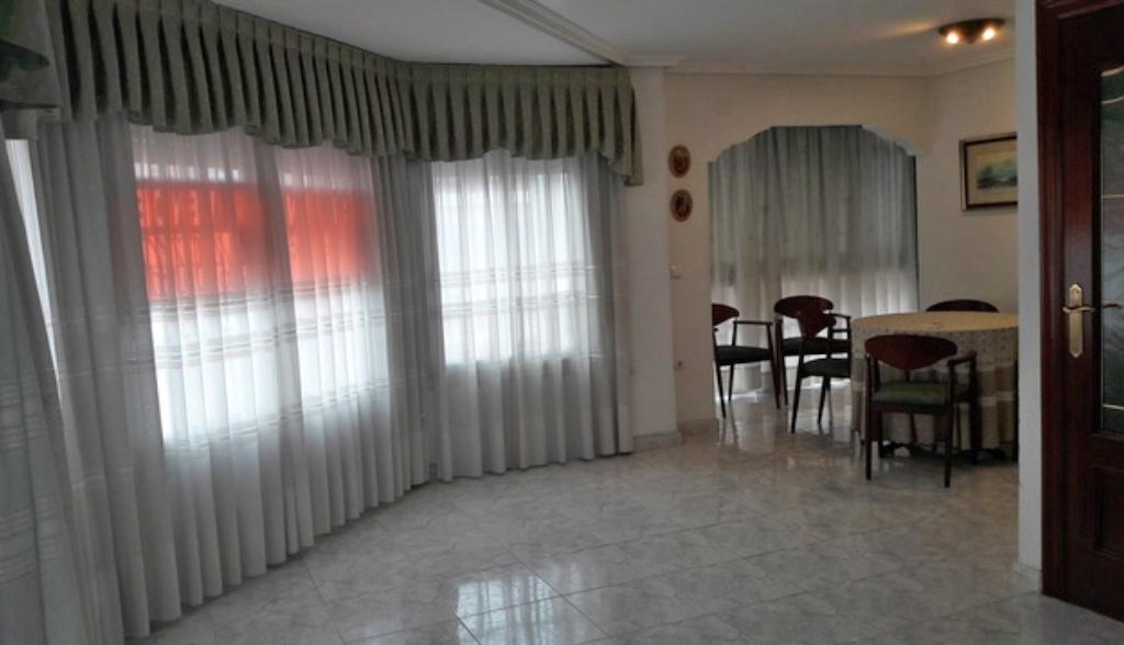 GT-0106-TN : Квартира в Аликанте, район Беналуа