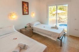 Продажа виллы в провинции Costa Blanca North, Испания: 5 спален, 328 м2, № RV0062CT – фото 10