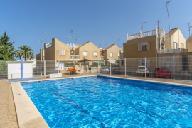 Продажа таунхаус в провинции Costa Blanca South, Испания: 4 спальни, 85 м2, № GT-0143-TN – фото 17