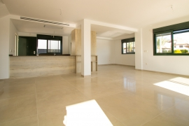 Продажа виллы в провинции Costa Blanca South, Испания: 4 спальни, 281 м2, № NC2050AS – фото 9