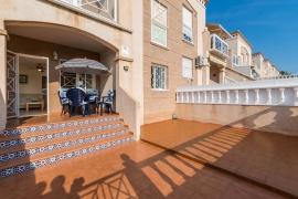 Продажа бунгало в провинции Costa Blanca South, Испания: 2 спальни, 93 м2, № GT-0150-TK – фото 2