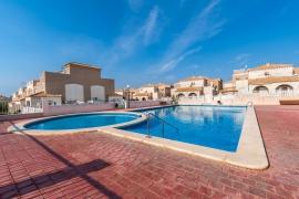 Продажа бунгало в провинции Costa Blanca South, Испания: 2 спальни, 93 м2, № GT-0150-TK – фото 18
