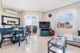 Продажа апартаментов в провинции Costa Blanca South, Испания: 2 спальни, 74 м2, № GT-0152-TK – фото 4