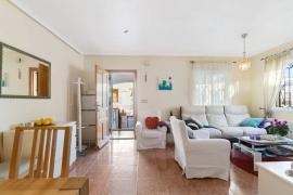 Продажа таунхаус в провинции Costa Blanca South, Испания: 3 спальни, 144 м2, № GT-0155-TK – фото 8