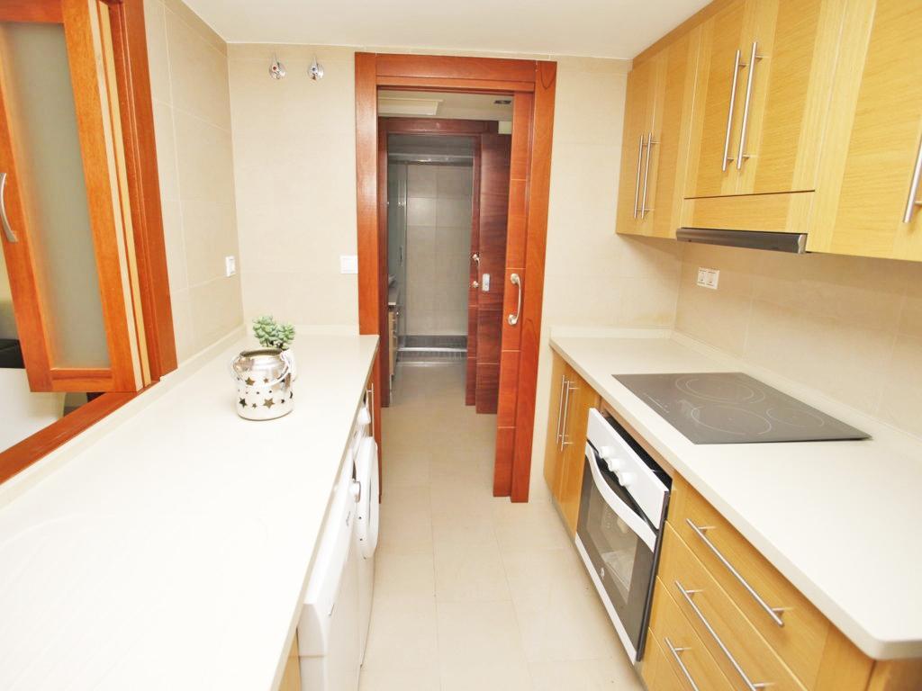 GT-0167-TK : Новая квартира после ремонта в центре города Торревьеха