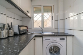 Продажа апартаментов в провинции Costa Blanca South, Испания: 2 спальни, 57 м2, № RV0080UR – фото 11