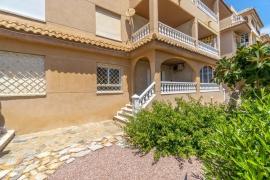Продажа апартаментов в провинции Costa Blanca South, Испания: 2 спальни, 57 м2, № RV0080UR – фото 17