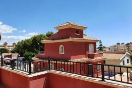 Продажа виллы в провинции Costa Blanca South, Испания: 3 спальни, 100 м2, № GT-0179-TK – фото 2