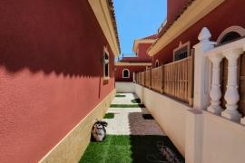 Продажа виллы в провинции Costa Blanca South, Испания: 3 спальни, 100 м2, № GT-0179-TK – фото 17