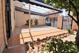 Продажа таунхаус в провинции Costa Blanca South, Испания: 3 спальни, 105 м2, № GT-0197-TN – фото 5