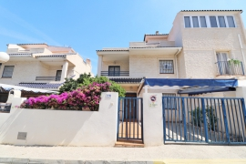 Продажа таунхаус в провинции Costa Blanca South, Испания: 3 спальни, 105 м2, № GT-0197-TN – фото 3