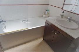 Продажа апартаментов в провинции Costa Blanca South, Испания: 2 спальни, 70 м2, № GT-0208-TN – фото 12